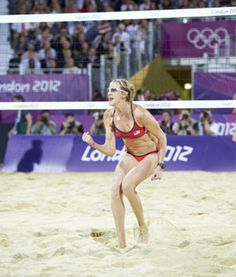 Kerri Walsh Jennings Was Pregnant During the Summer Olympics...wow. now i feel even worse about not having a 6 pack.