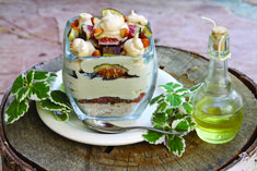 A creamy nearly-raw, vegan fig and limoncello panna cotta by Ambra Torelli (www.littlebitesofbeauty.com)