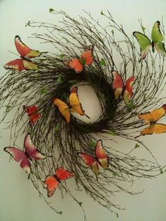 cute butterfly wreath (could be for early fall or late summer)
