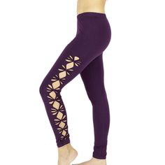 LUCIA Legging woman purple braided on the sides, knotted flower petal, tribal, amazon, festivals, teufs, goa, trance, fairy, ethnic, yoga, Legging woman long openwork and tied on the sides in the shape of flowers. This open and braided petal-shaped legging is ideal for small amazone fairy who want to be sexy in the evening trance for festivals and other teufs! In single size it is suitable from 65 to 90/95 centimeters maximum waist. Made in a soft and resistant cotton material. 95% Cotton…