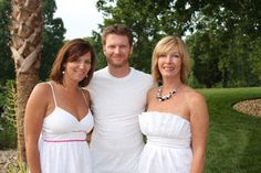 Dale Jr. with his sister and mother