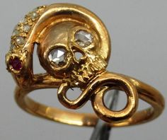 MUSEUM Century Georgian gold,diamonds&rubys Memento Mori Skull ring in Jewelry & Watches, Vintage & Antique Jewelry, Fine Bone Jewelry, Skull Jewelry, Antique Jewelry, Vintage Jewelry, Skull Rings, Memento Mori, Gold Skull, Skulls, Mourning Jewelry