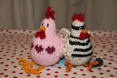 Ravelry: Spring Chicken pattern by Jacqui Turner Chicken Pattern, Spring Chicken, Free Pattern, Embroidery, Christmas Ornaments, Knitting, Holiday Decor, Ravelry, Pearl
