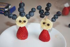 Dr. Seuss: Thing One and Thing Two!    Supplies:  Blueberries  Bananas  Strawberries  Mini Choc Chips    Use toothpicks to hold in place and enjoy this Dr. Seuss themed healthy snack!
