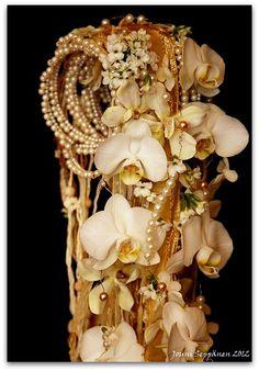 The amazing bridal bouquets by Jouni Seppanen