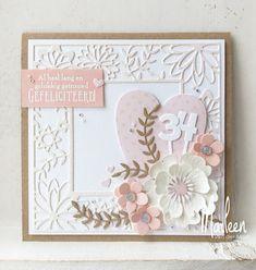 Here are the newest items from Marianne. Don't forget to get your Altenew orders to me. Recently Googl. Flower Cards, Paper Flowers, Marianne Design Cards, Craft Projects, Projects To Try, Birthday Cards, Happy Birthday, Diy Cards, Handmade Cards