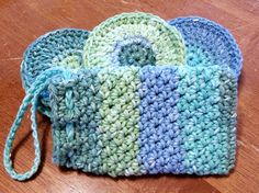 Face Scrubbies and Soap Pouch Spa Set Free Crochet Pattern - Same DiNamics Crochet