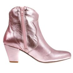 Stiefelette Claire Cupido, www. 80s Fashion, Fashion Boots, Glam Rock, Winter Shoes, Zurich, Claire, Cowboy Boots, Booty, Pink