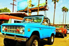 BRONCO.I am truley in LOVE with this..I have always dreamed of owning one..and I will in turquoise..yep