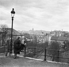 1950-es évek. Rómer Flóris utca szerpentinje (újabban Ankara utca) a Veronika lépcs tetejéről.