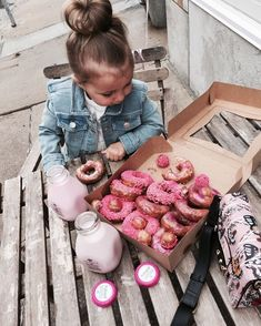 Have hot heated warm butter donut for dessert and ICE cold mile to FINISH or you dessert.Anyone that tell you to eat dessert first is setting you up for Failure. Cute Kids, Cute Babies, Baby Kids, Little Kid Fashion, Kids Fashion, Baby Pictures, Baby Photos, Little People, Little Ones