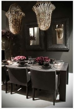 Glamour in this dining room