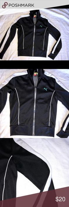 PUMA Ladies💥 Puma ladies jacket perfect to jazz up a work out, run, or anytime on the go. Please review all pictures, I sell gently used authentic items from my personal closet. Items are in good condition, but not perfect. Items are marked at least 50% off retail, please understand gently used doesn't represent item in NWT condition. Puma Jackets & Coats