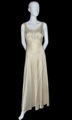vintage 1930s 1940s silk peignoir nightgown bed jacket bridal