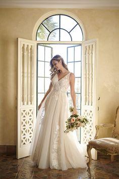 Stella York Lace Wedding Dress, Designer Wedding Dresses, Wedding Designers, Bridal Gowns, Wedding Gowns, Vows Bridal, Wedding Dresses Stella York, Kleinfeld Wedding Dresses, Wedding App