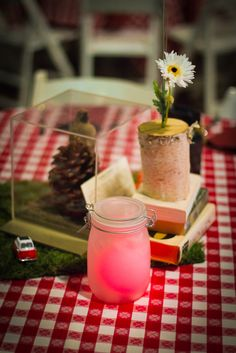 Pretty picnic. Frozen lemonade? Or maybe a pretty candle in a mason jar to go along with all your yummy family favorites.