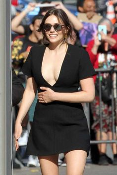 Elizabeth Olsen - Looks Stunning for 'Jimmy Kimmel Live' in Hollywood – April 2018 Beautiful Celebrities, Beautiful Actresses, Olsen Sister, Elizabeth Olsen Scarlet Witch, Ashley Olsen, Celebrity Style, Sexy Women, Celebs, Outfits