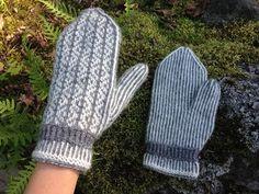 Bildresultat för tvåändsstickning gratis mönster Fingerless Mittens, Knit Mittens, Knitted Gloves, Wrist Warmers, Knit Or Crochet, Knitting Projects, Handicraft, Crochet Patterns, Handmade