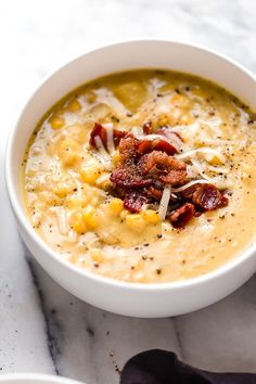 Cheddar Corn Chowder with Bacon Cheddar Corn Chowder with Bacon This thick and cheesy chowder with potatoes, corn, cauliflower, and bacon is perfect for cold and cozy winter nights. Stove top and. Skinny Recipes, Ww Recipes, Cooking Recipes, Healthy Recipes, Skinnytaste Recipes, Family Recipes, Cooking Ideas, Corn Soup Recipes, Dinner Recipes