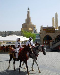 Riding police in Souq Waqif, Qatar Dangerous Sports, Arab Swag, Arabian Beauty, I Want To Travel, Doha, Travel Memories, North Africa, Home And Away, Horseback Riding