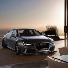 Audi RS7...