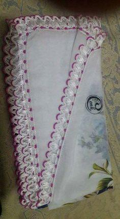 49 Wonders of Design Baby Vest Models - Tatting Ideen 2019 Crochet Doilies, Crochet Flowers, Crochet Lace, Tatting Earrings, Crochet Earrings, Tatting Patterns, Crochet Patterns, Piercings Ideas, Crochet Unique