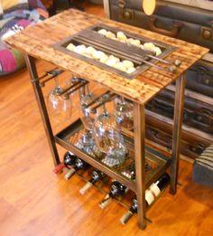 Chimenea y bar edición especial. Madera quemada y lacada, funciones porta copas, cava 7 botellas vino y entrepaño otros licores. athosmuebles.com