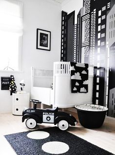 black and white nursery inspiration at fawnandforest.com