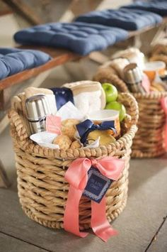 Personalized picnic baskets via Style Me Pretty. Great for baby or bridal shower. Love!