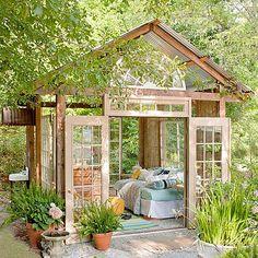 Create an autumn garden retreat - Garden Art Sculptures Backyard Studio, Backyard Sheds, Backyard Retreat, Backyard House, Design Studio, Home Design, Garden Retreat Ideas, Building A Storage Shed, Building Plans