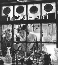 Le Livre de Paris (Arts et Métiers, Paris, 1957), featuring photography by Janine Niepce and commentary by Georges Charensol.