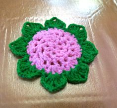 Delta-Zelta......My small world in the blogging universe......: 8 petals flower Coaster - Made from Leftover/Scrap yarn