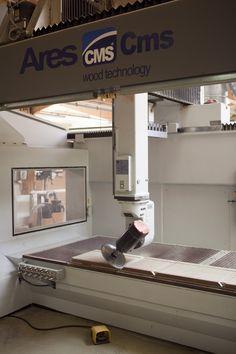 5 AXES 3D Technique, Technical by James L'atelier James et ces différents outils techniques (machines) accompagnant le savoir-faire de La Maison James @lamaisonjames Machine Tools, Cnc Machine, Cnc Router Plans, 5 Axis Cnc, 3d Printing Business, Diy Cnc, Woodworking Tools, Modern Design, Arduino