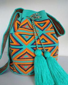 Tapestry Bag, Tapestry Crochet, Wiggly Crochet, Knit Crochet, Aztec Fabric, Boho Bags, Crochet Purses, Crochet Bags, T Shirt Yarn