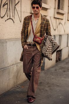 Men's street style: 19 on-trend looks for winter outfit inspiration Milan Street Style, Street Style Fashion Week, La Fashion Week, Men Street, Cool Street Fashion, Street Wear, Milan Fashion, Street Chic, Men's Fashion