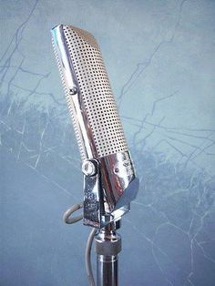 Vintage Microphone #rocknroll #garagerock #rootsmusic #podcast #music #tbt #throwback #thursday #microphone http://gritgrubgrindradio.podbean.com/