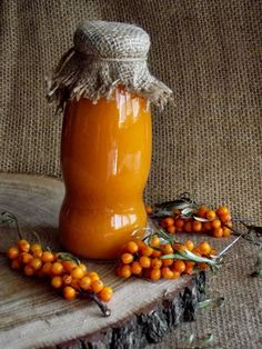 Sirop de catina cu miere - CAIETUL CU RETETE Romanian Food, Yummy Food, Tasty, Wine And Beer, Canning Recipes, Hot Sauce Bottles, Food Art, Food And Drink, Healthy Recipes