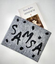 Karbon Crafts - GREGOR SAMSA Keçe Kitap Koruyucu Kılıf