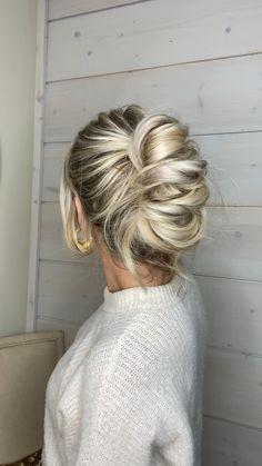 Hairdo For Long Hair, Hair Due, Easy Hairstyles For Long Hair, Up Hairstyles, Pretty Hairstyles, Hair Up Styles, Great Hair, Hair Today, Hair Videos