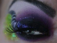 Alice in wonderland inspired makeup, LOVE!