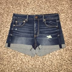 American Eagle Denim Shorts! American Eagle Denim Shorts - super stretchy - BRAND NEW WITHOUT TAGS! Never been worn! American Eagle Outfitters Shorts Jean Shorts