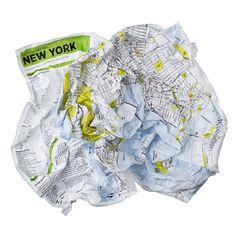 15 - DYNAMISME   avez-vous essayé de replier une carte en suivant les plis d'origine?   Crumpled City Map, 12$, 2010