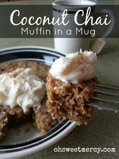 The Trim Healthy Mama Muffin in a Mug recipe is so easy, tasty and versatile! I whipped up this Coconut Chai version and loved it so I'm sharing it with you (easy desert in a mug) Trim Healthy Mama, Trim Healthy Recipes, Almond Recipes, Low Carb Recipes, Healthy Snacks, Banting Recipes, Healthy Sweets, Low Carb Sweets, Low Carb Desserts