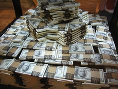 Can prosperity symbols and signs really help you build wealth? Can you power up the Law of Attraction with objects? Cash Money, My Money, How To Make Money, Cash Cash, Gold Money, Money Bank, Money Change, Money Stacks, Millions Of Dollars