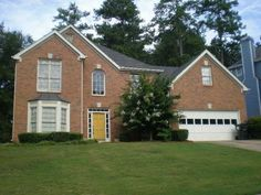 Fayetteville, GA-For such a good price, with a little bit of work, this house could be pretty