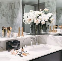 """Here you'll be able to inspire yourself about using Marble Bathroom Designs on your projects. Black rose gold and marble bathroom. My New Room, My Room, Bathroom Goals, Bathroom Ideas, Bathroom Inspo, Bathroom Designs, Bathroom Shop, Bathroom Images, Budget Bathroom"