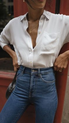 White shirt with blue denim and simple jewelry Simple Everyday Spring Outfit. White shirt with blue denim and simple jewelry Simple Everyday Spring Outfit. White shirt with blue denim and simple jewelry Mode Outfits, Trendy Outfits, Fashion Outfits, Simple Outfits, Womens Fashion, Fashion 2018, Everyday Outfits Simple, Spring Outfits Classy, Fashion Shirts