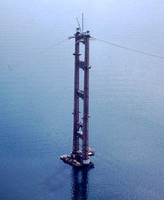 Mackinac Bridge tower construction