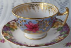A very pretty mis-matched bone china cup and saucer. Lovely for afternoon tea or a vintage wedding. by Alexsprettyvintage on Etsy