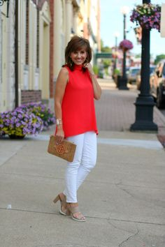 22 DAYS OF SUMMER FASHION-A CLASSIC TOP